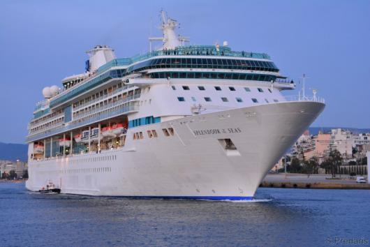 Круизный лайнер «Splendour of the Seas», Пирей