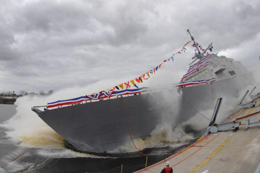 USS «Fort Worth» (LCS 3), спуск на воду
