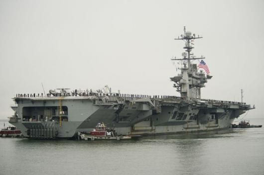 USS «George Washington» (CVN-73) прибыл на ВМБ в Норфолк