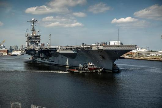 USS «Harry S. Truman» (CVN-75) прибыл в Норфолк