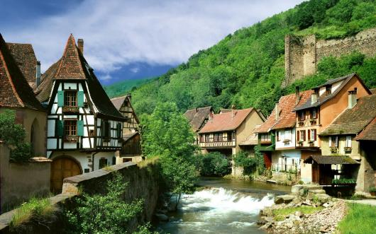 kaysersberg_village_france.jpg