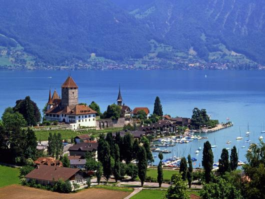 lake_thun_spiez_switzerland.jpg