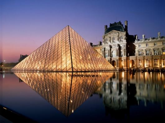 louvre_aglow_paris_france.jpg