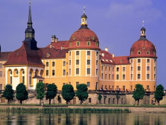 magnificent_moritzburg_castle_germany.jpg