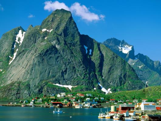 reine_lofoten_islands_norway.jpg