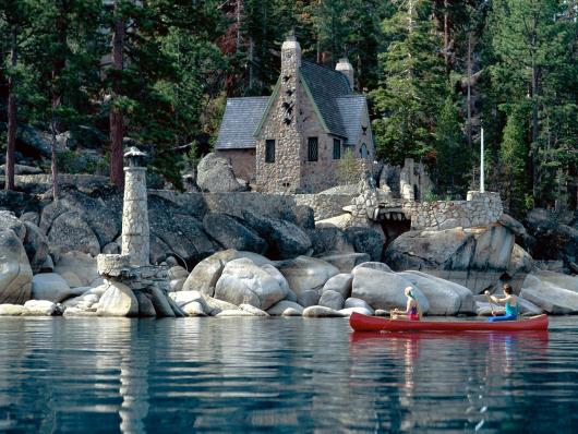 sight_seeing_by_canoe_lake_tahoe_-_1600x1200_-_.jpg