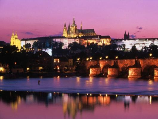charles_bridge_prague_castle_czech_republic.jpg