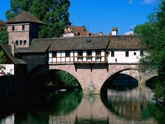 pegnitz_river_nuremberg_bavaria_germany.jpg