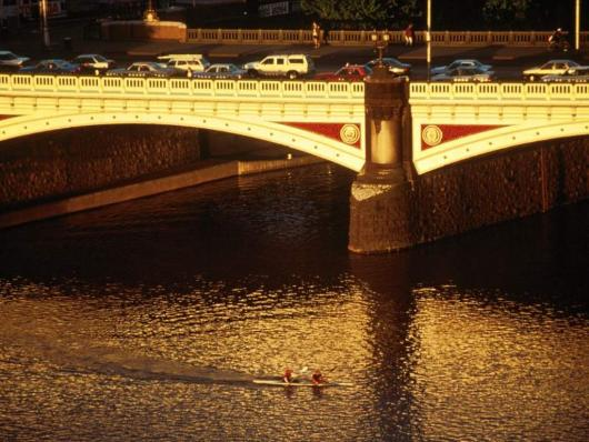princes_bridge_melbourne_australia.jpg